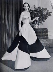5AustineHearstCloverLeafGownca1953