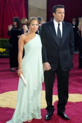 Jennifer Lopez in Valentino 2003
