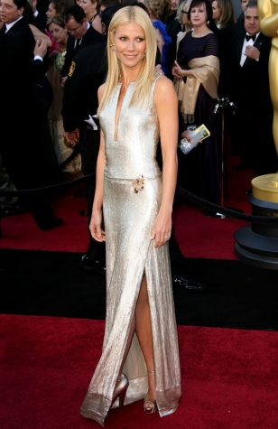 Gwyneth Paltrow in Calvin Klein 2011