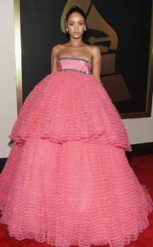 Rihanna in Giambattista Valli