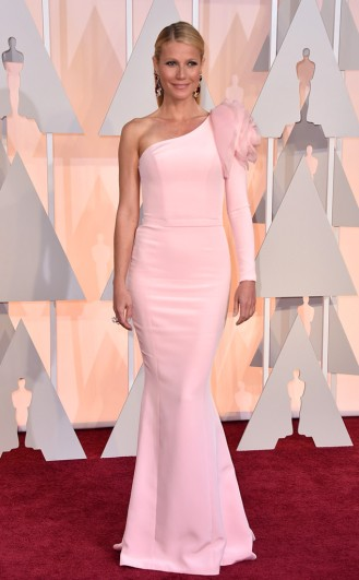 Gwyneth Paltrow in Ralph and Russo Couture